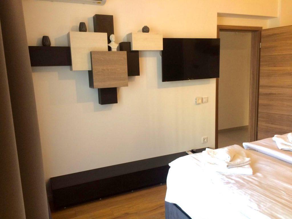 Apartament Ramona Flori de Iulie Aparthotel Regim Hotelier Brasov Cosmopolit